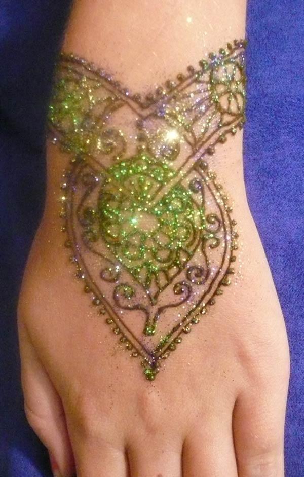 Henna Wrist Word Tattoo: Henna Mehndi Tattoo Designs Idea For Wrist