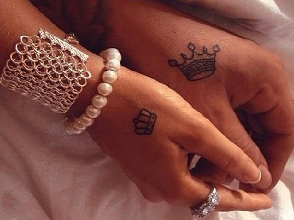 King i Queen Tattoos na ruci donose neverovatan izgled
