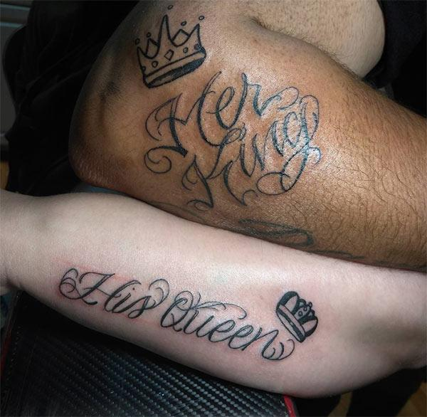 King and Queen Tattoos on the legs makes couples look lovely.