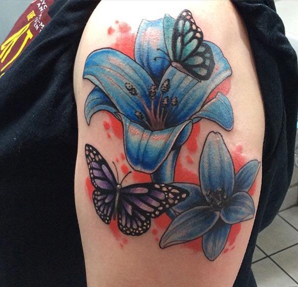 Lily tattoo rau lub xub pwg muab captive zoo nyob rau hauv cov menyuam ntxhais