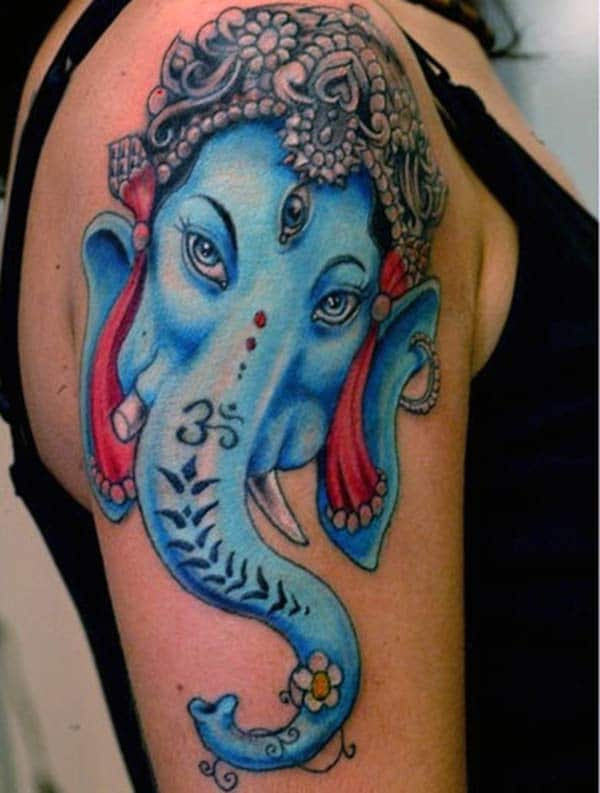 Ganesha Shoulder Tattoo blekkidee for jenter