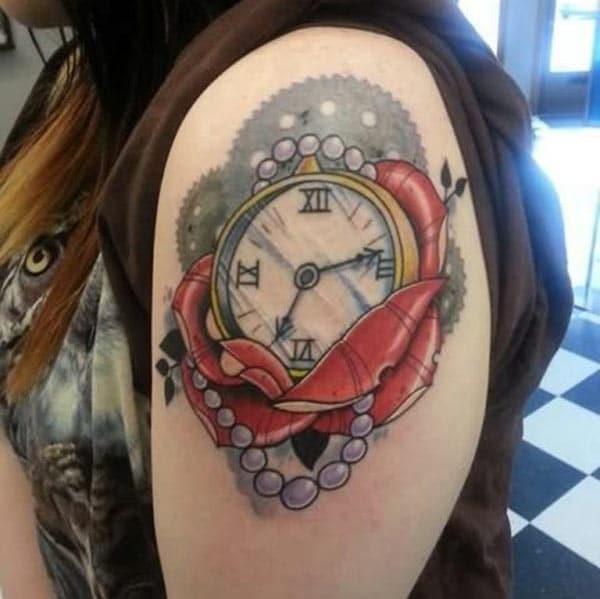 Cool Romawi jam numeral tattoo gagasan pikeun taktak awéwé