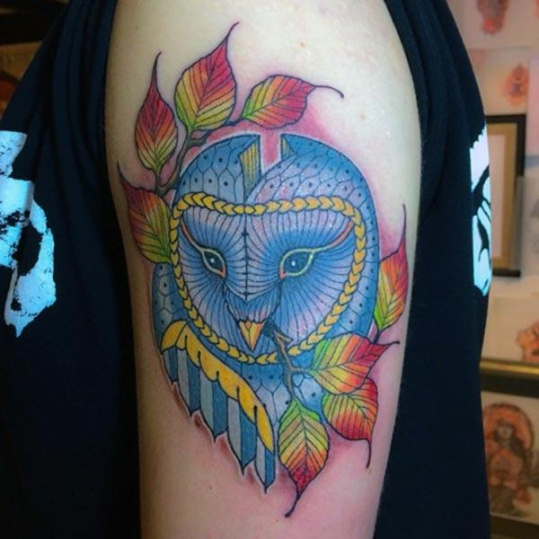 Owl Tattoo at the shoulder brings the captivating look