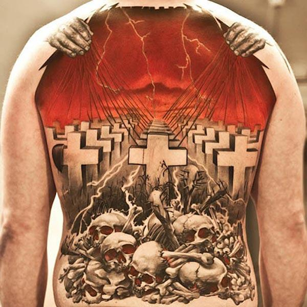 Amazing Tattoo on the back brings the spruce appearance in men