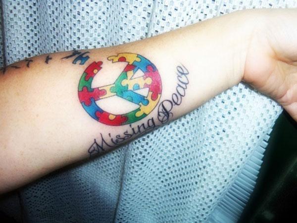 Autisme Tatovering på underarmen bringer det forbløffende udseende