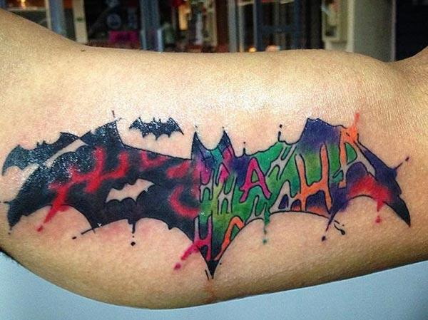 Bat tattoo on the upper shoulder makes a man appear masculine