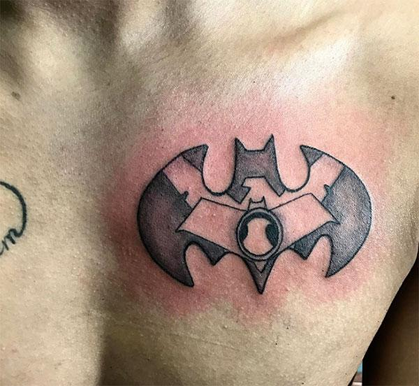 The Bat tattoo on the upper chest make a man have a majestic appearance