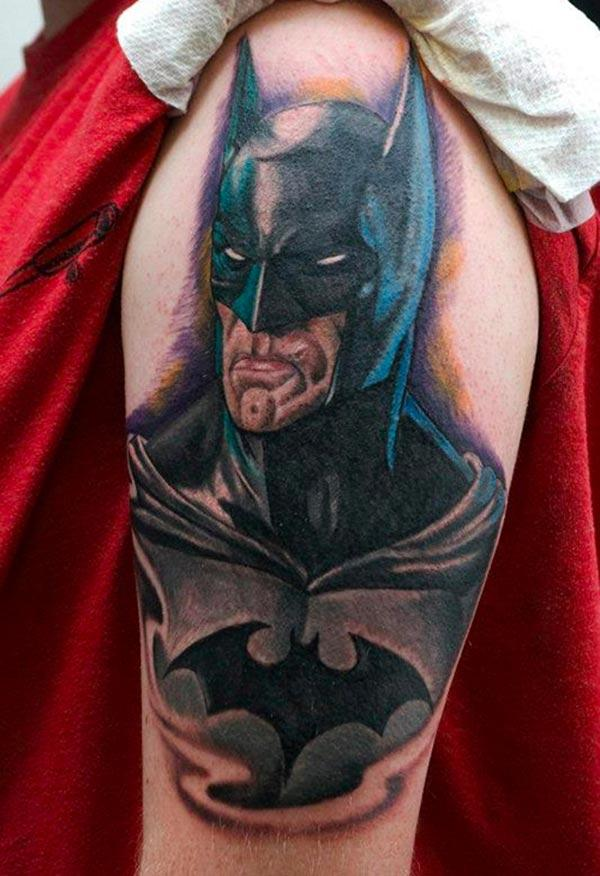 The Batman tattoo on the shoulder make a man look hypnotic