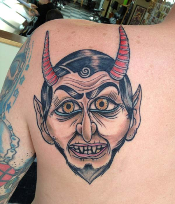 Men make a divine Devil Tattoo on their back shoulder to make them attractive