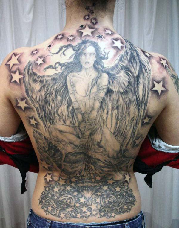 Tattoo-on-a-cam-tattoo-on-the-back-on-a-hand-a-look-a-female look stylish