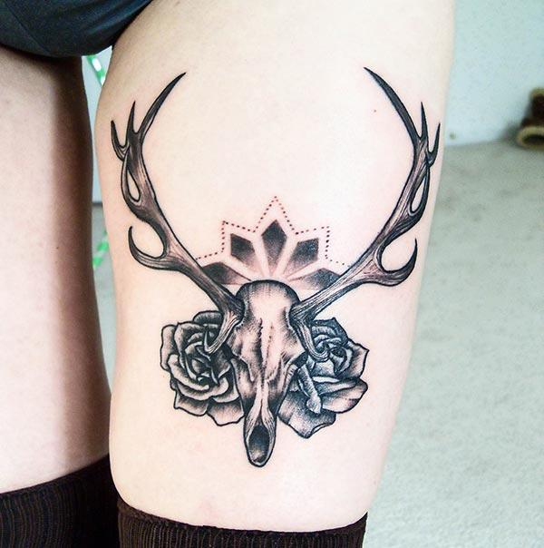 Girl Tattoo for the thigh brings their feminist look