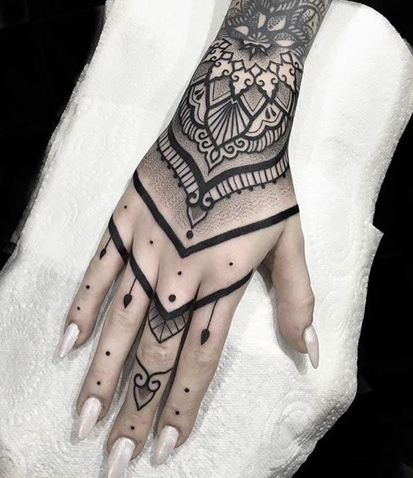 Tattoo Designs For Girls On Hand: Hand Tattoos Idea For Girls