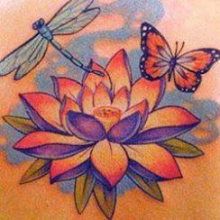 Үздік Lotus Flower Tattoo Ideas