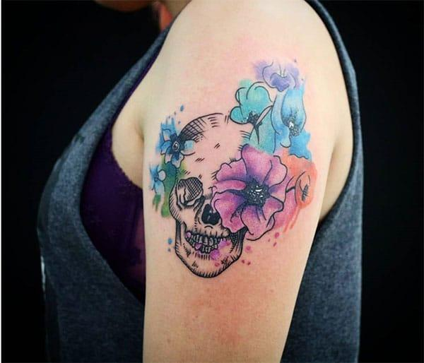 Stunning stylish flowers on skull watercolor shoulder tattoo ink ideas for retro women