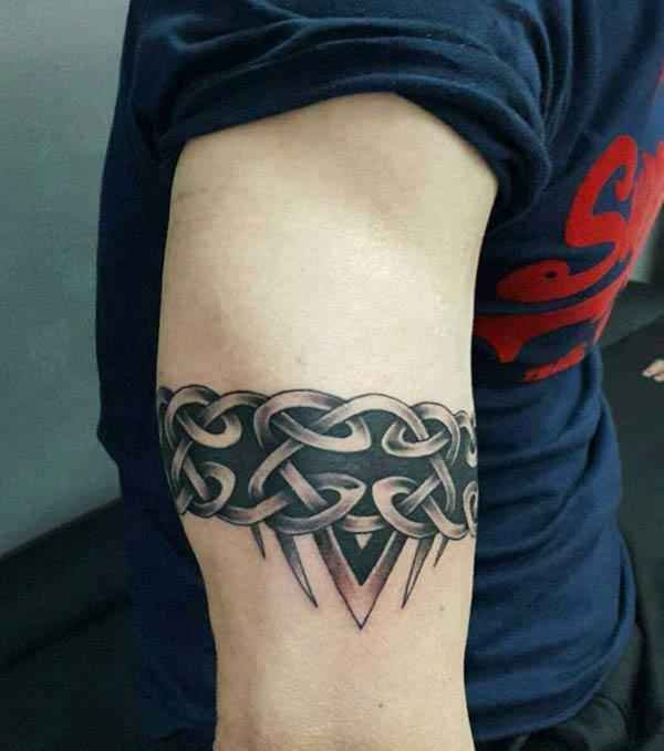 Mind blowing tribal armband tatovering ideer for gutter og menn