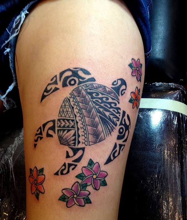 Amazing Hawaiian tribal kurtle with girls for girls on the tattoo ideas