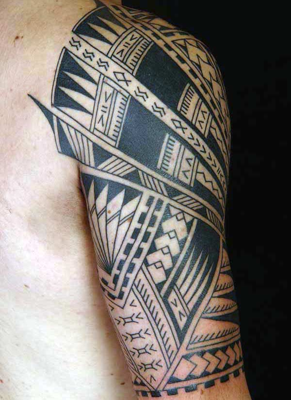 Intense black lined Hawaiian tribal tattoo on shoulder for Guys
