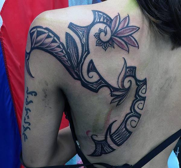 24 Tribal Shoulder Tattoo Designs Ideas: Cool Hawaiian Tribal Tattoos For Women