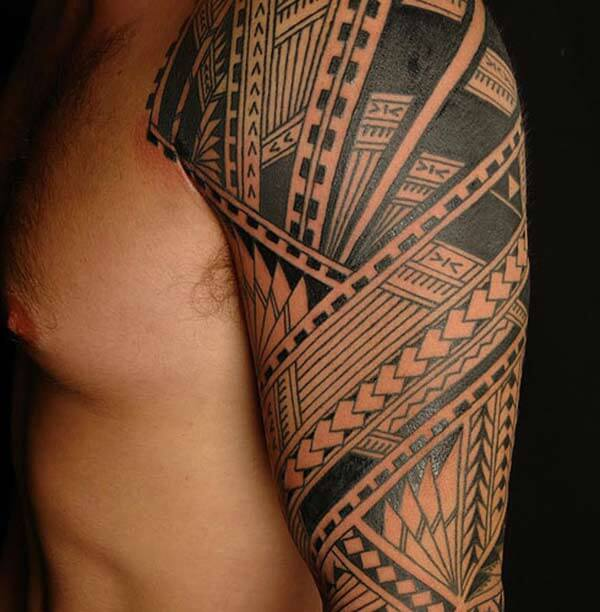 Alluring Samoan shoulder tribal tattoo ideas for men