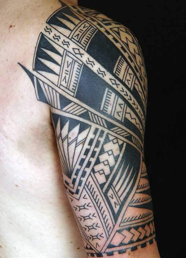 Engaging Samoan tribal tattoo ideas on forearm for Men