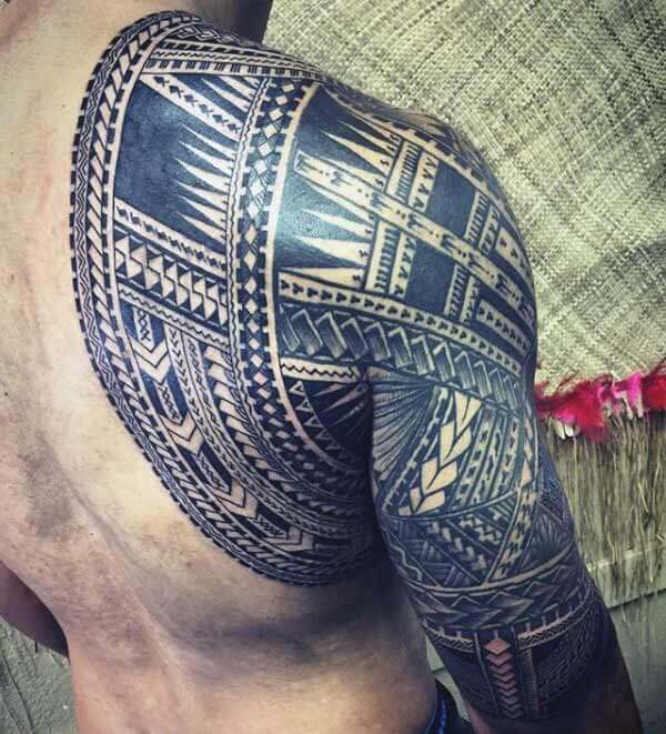 Arresting Samoan tribal tattoo ideas on full sleeve and back shoulder for men