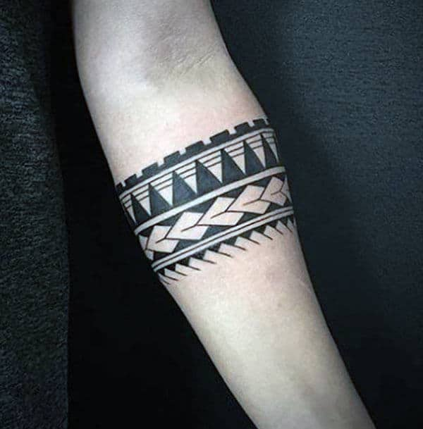 Impressive ravishing tribal armband tattoo ideas for ladies