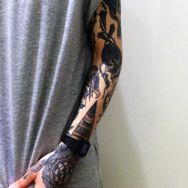 Une idée de tatouage à manches complètes pour les femmes