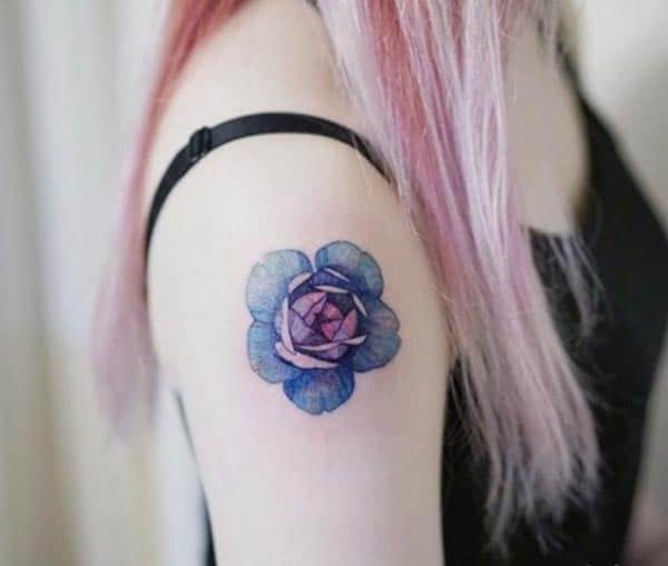An impressive floral tattoo design on shoulder for ladies and girls