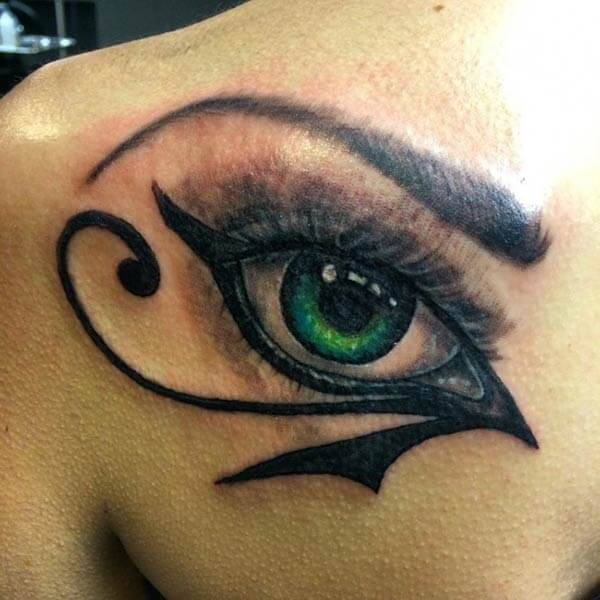 A brilliant eye tattoo design on back shoulder for Ladie