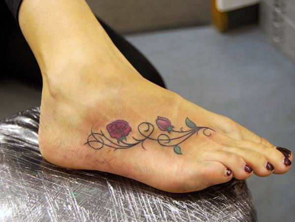 An elegant foot tattoo design for Ladies