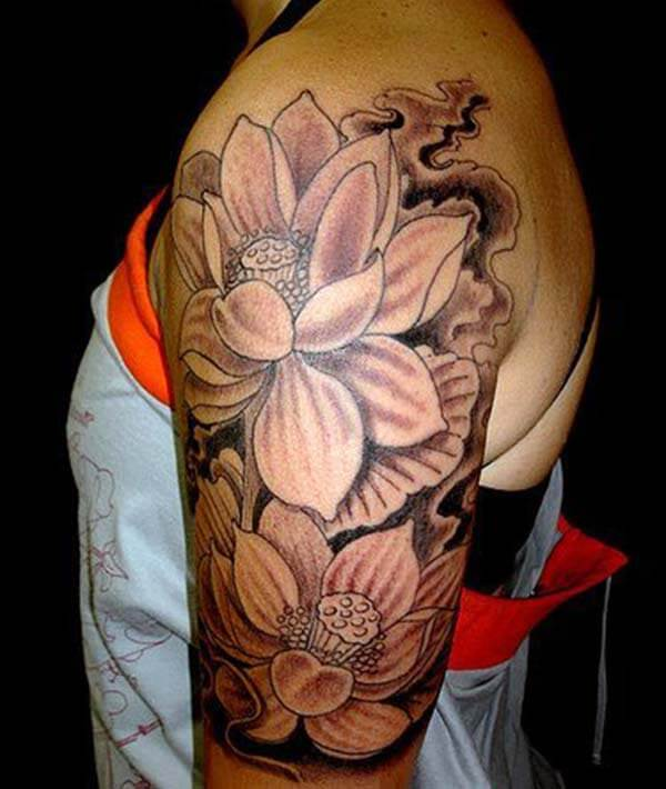 A magnificent lotus tattoo design on shoulder for Girls and women