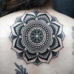 የ Mandala Tattoo Design for Women