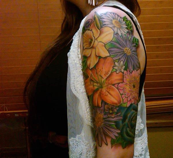 A breathtaking half sleeve tattoo deign for girls and women