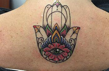 hamsa tattoo designs for women