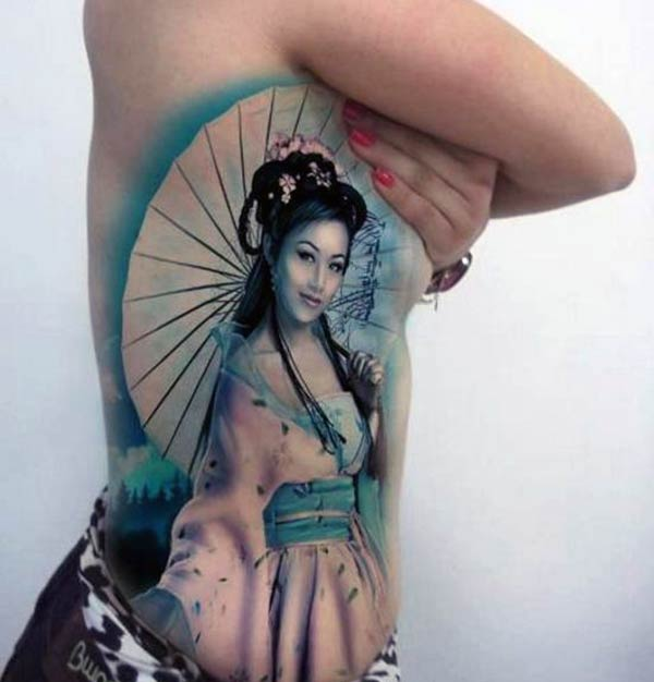 A breathtaking Japanese tattoo design on side belly for Ladies