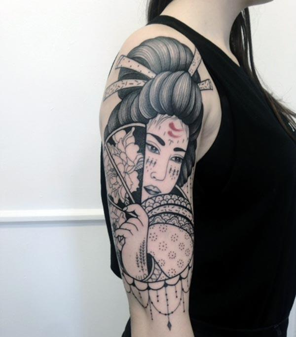 A mesmerizing Japanese tattoo design on shoulder for Girls and women